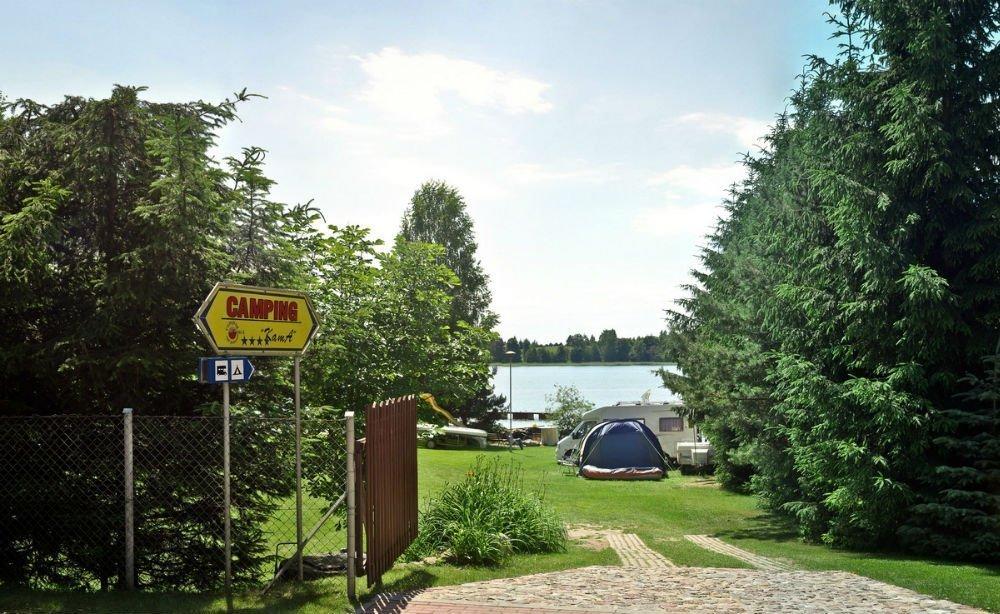 camping-jezioro
