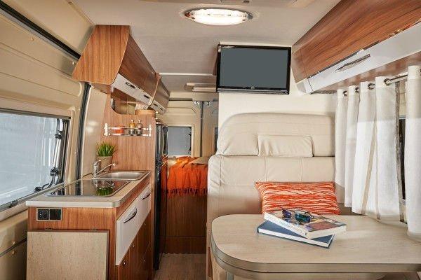 Pilote-camper-bus